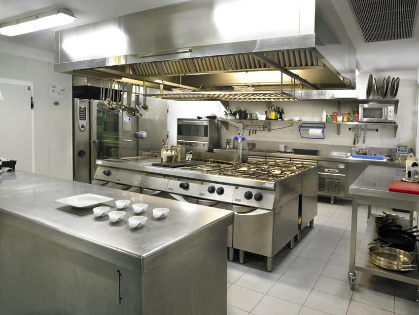 Hoteles mrdesague for Mobiliario cocina restaurante