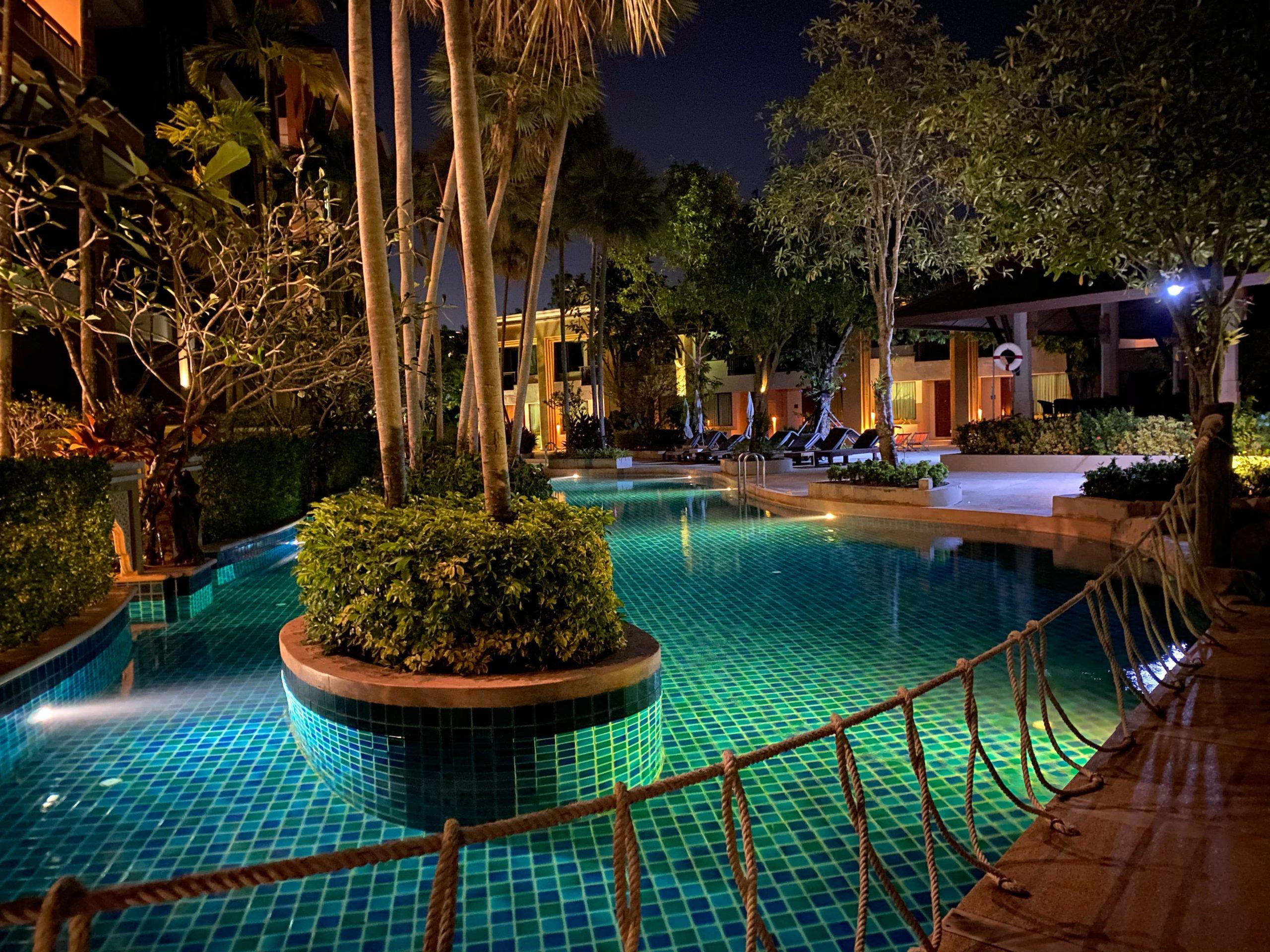 resort con piscina